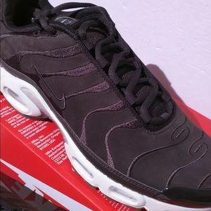MENS Nike Air Max Plus EF Tuned Velvet Brown WHITE NWT